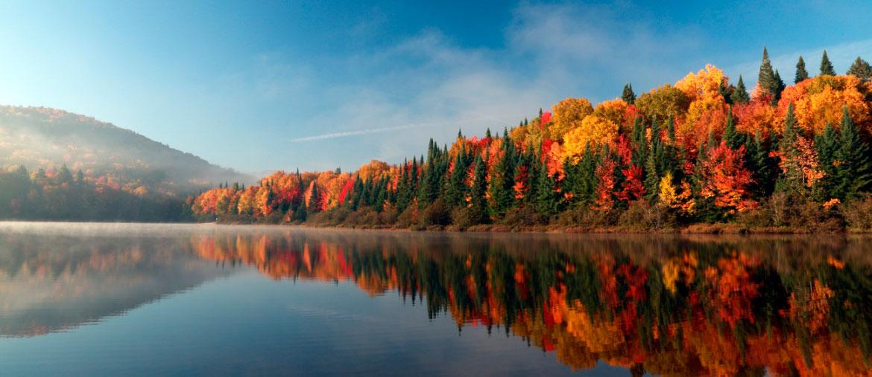 voyage dans les plus beaux paysages d 39 automne. Black Bedroom Furniture Sets. Home Design Ideas