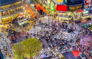 Découvrez notre guide pour se déplacer dans les grandes rues fourmillantes du Japon.
