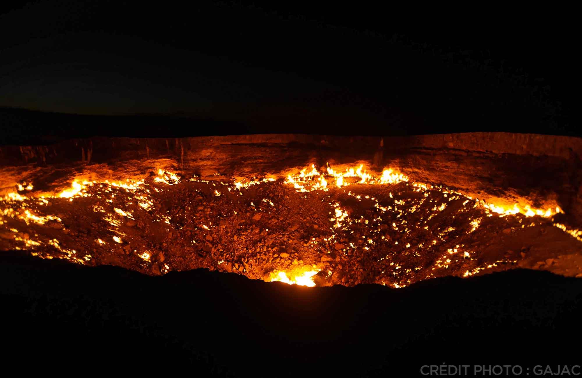 Voyage Turkménistan - Cratère de Darvaza Route de la Soie - Amplitudes