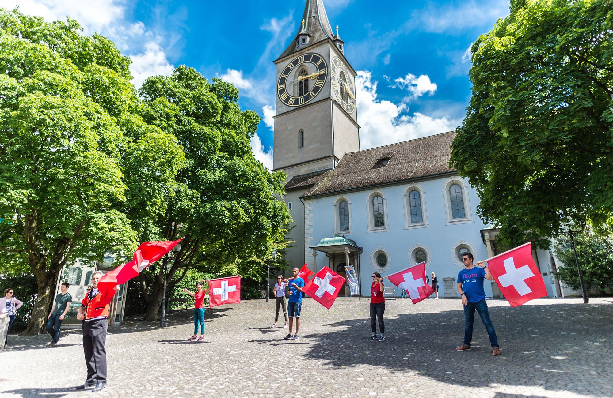 Voyage MICE Suisse - drapeaux Switzerland Meeting Trophy - Amplitudes