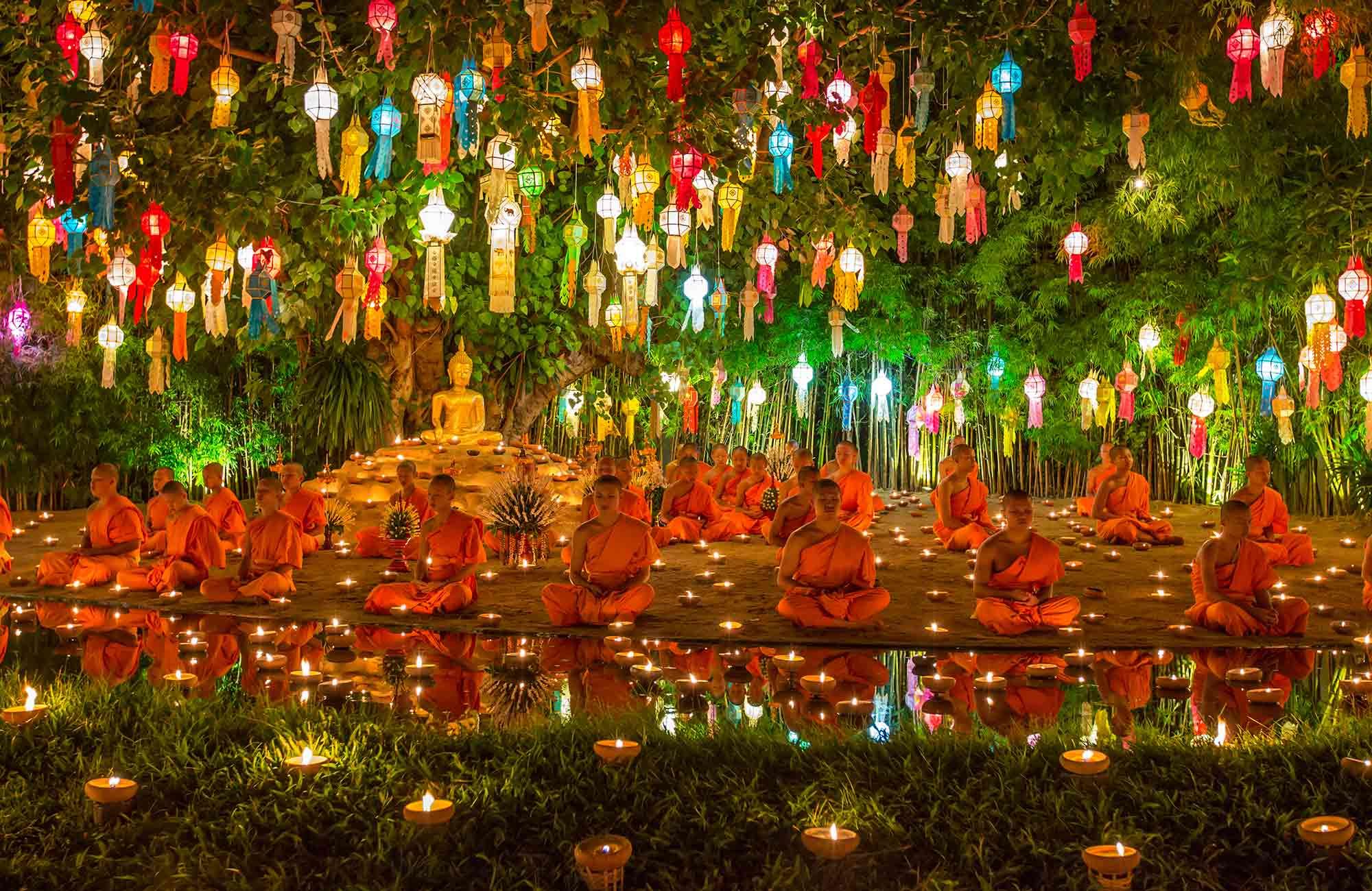 Thaïlande-Fête-des-Lumières-Sukhothai-Amplitudes