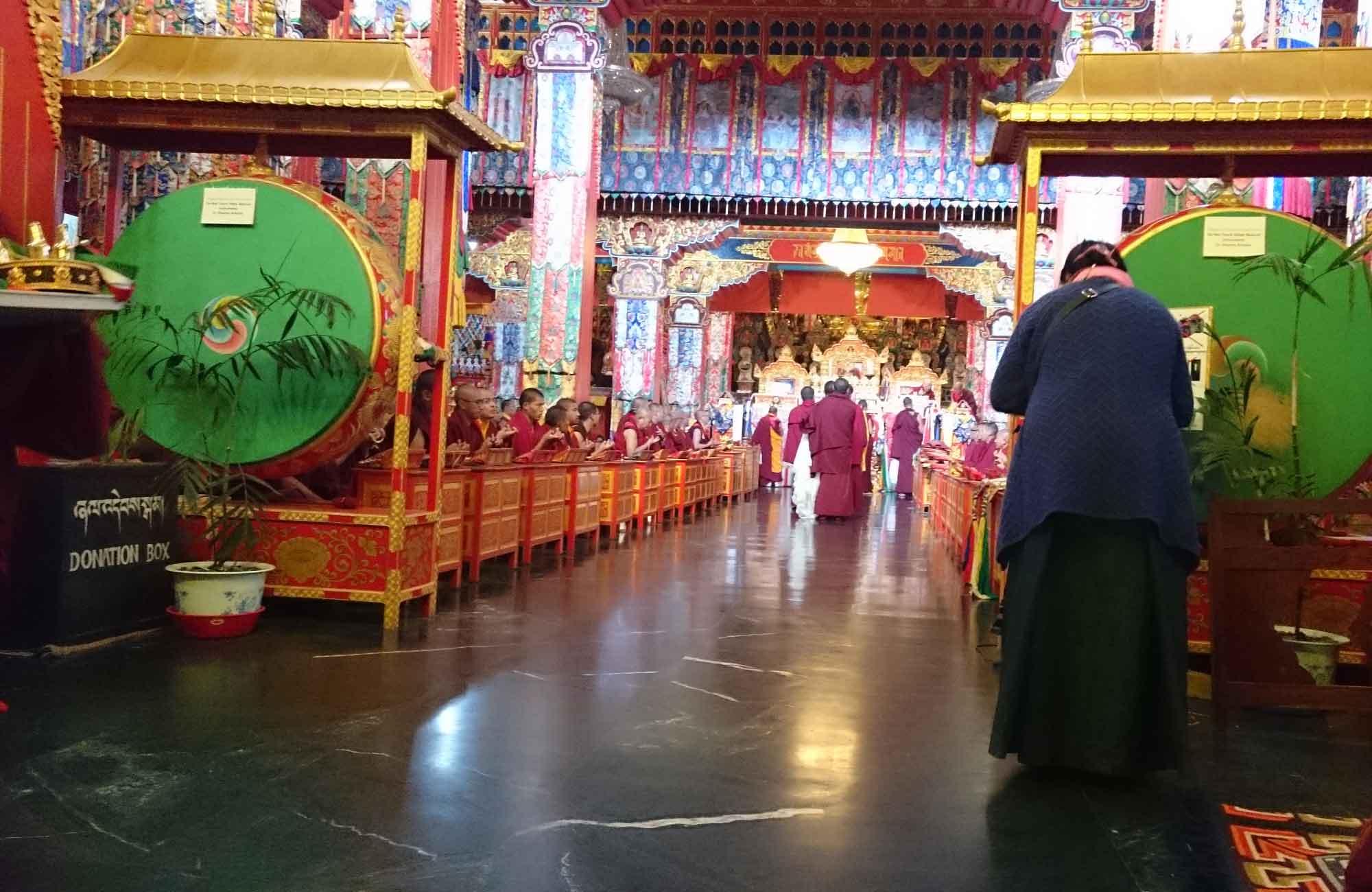 cérémonie au monastère Namo Buddha - voyage au Népal Amplitudes
