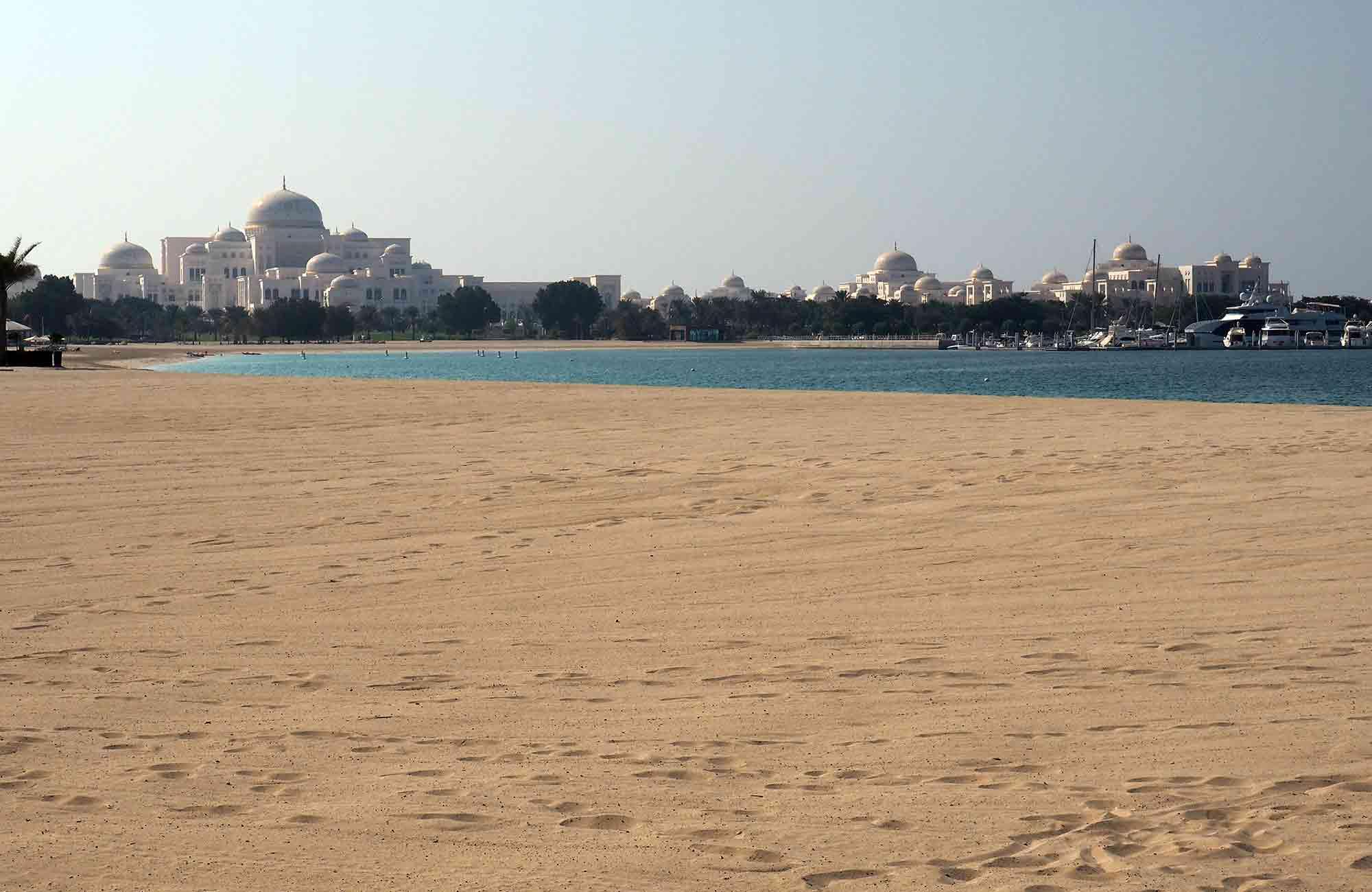 Voyage Abu Dhabi - Plage Emirates Palace - Amplitudes