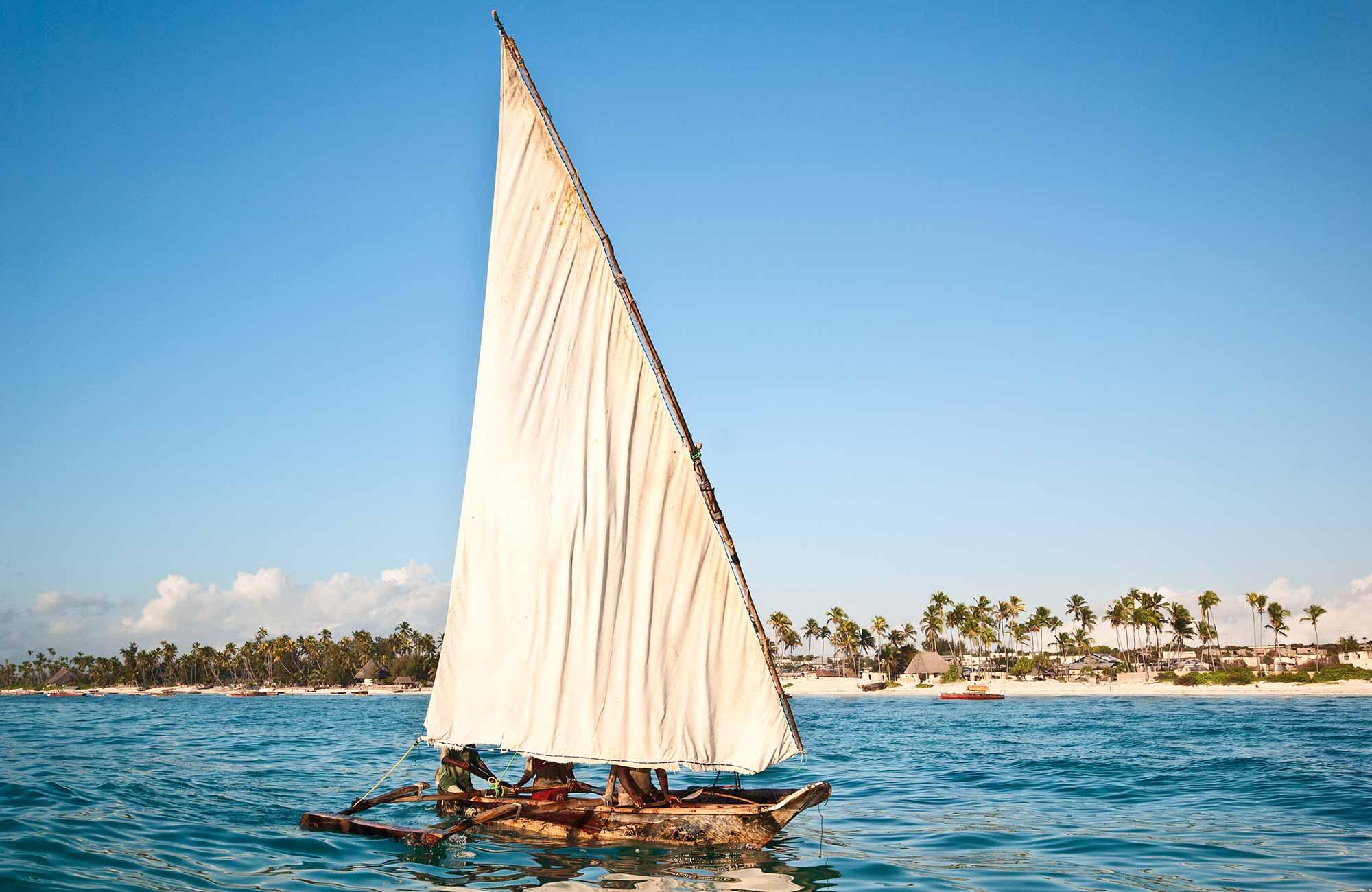 bateau traditionnel zanzibar séjour balnéaire pour partir en Tanzanie avec Amplitudes