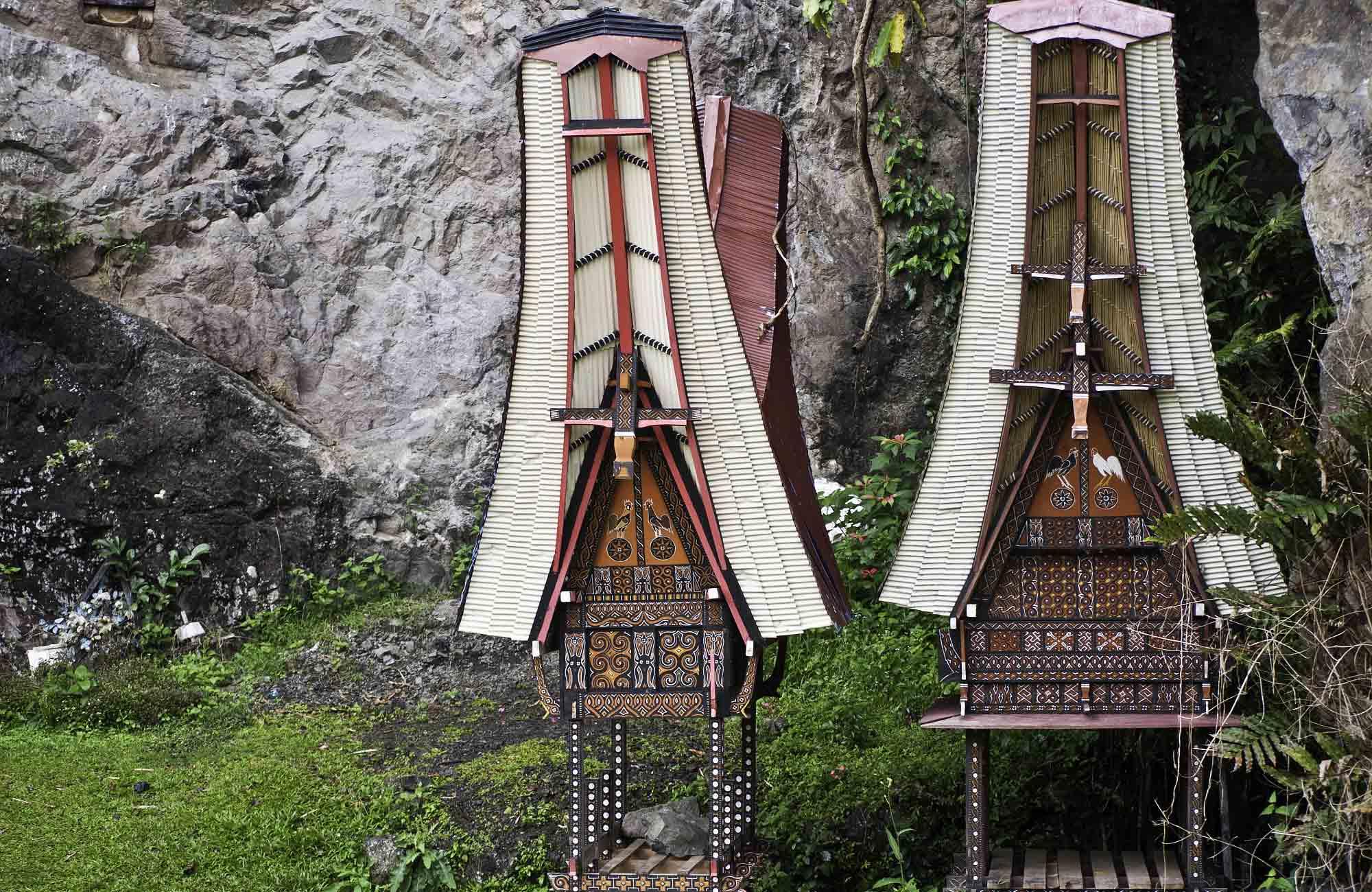 rite-funéraire-sulawesi-toraja-quand-partir-en-indonésie-amplitudes