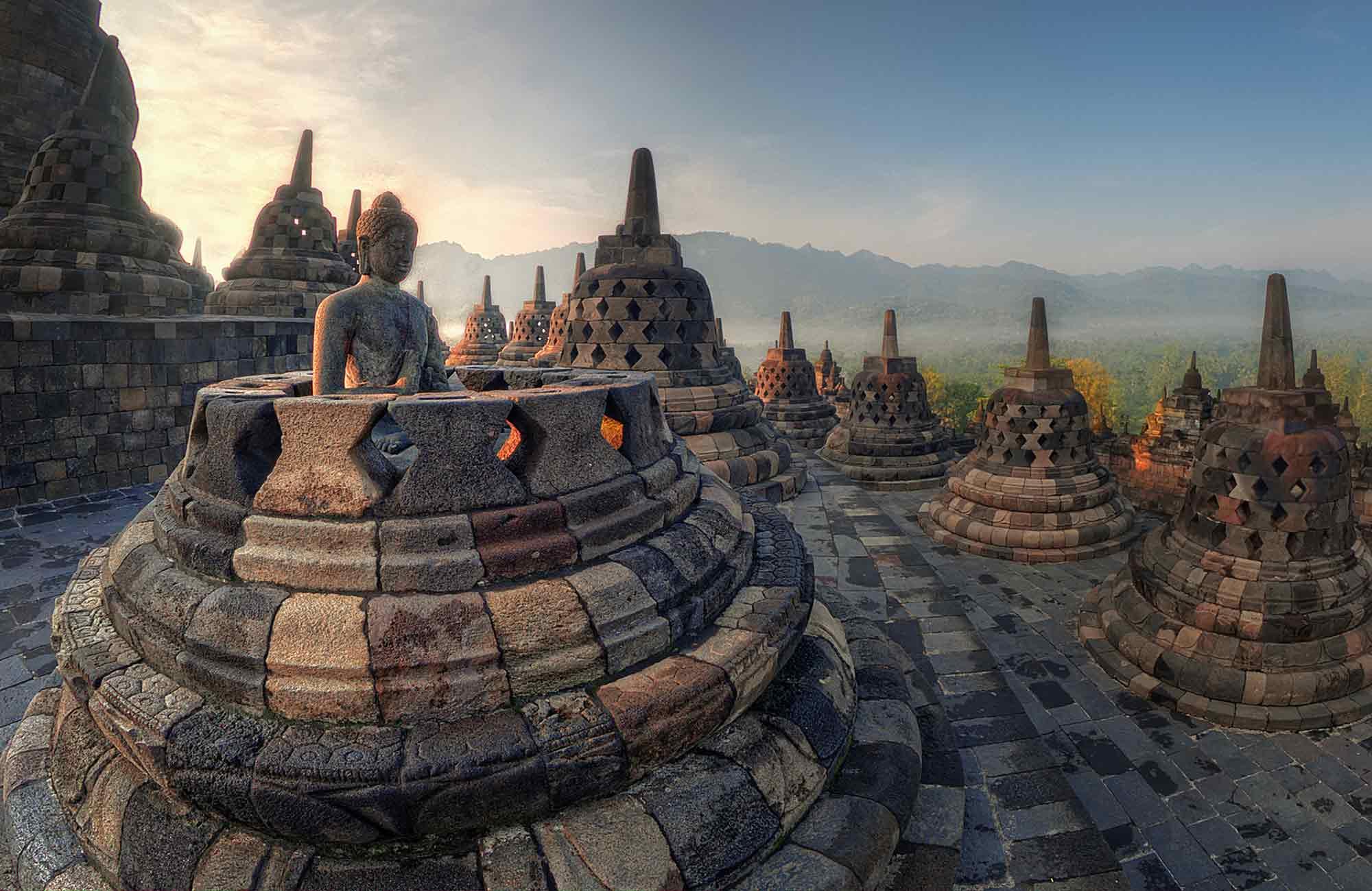 temple borobudur quand partir à Java en Indonésie par Amplitudes