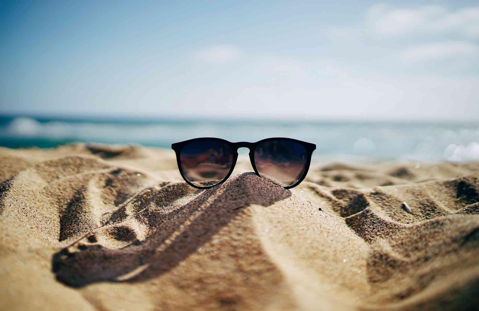 Voyage plage - Lunette de soleil - Amplitudes