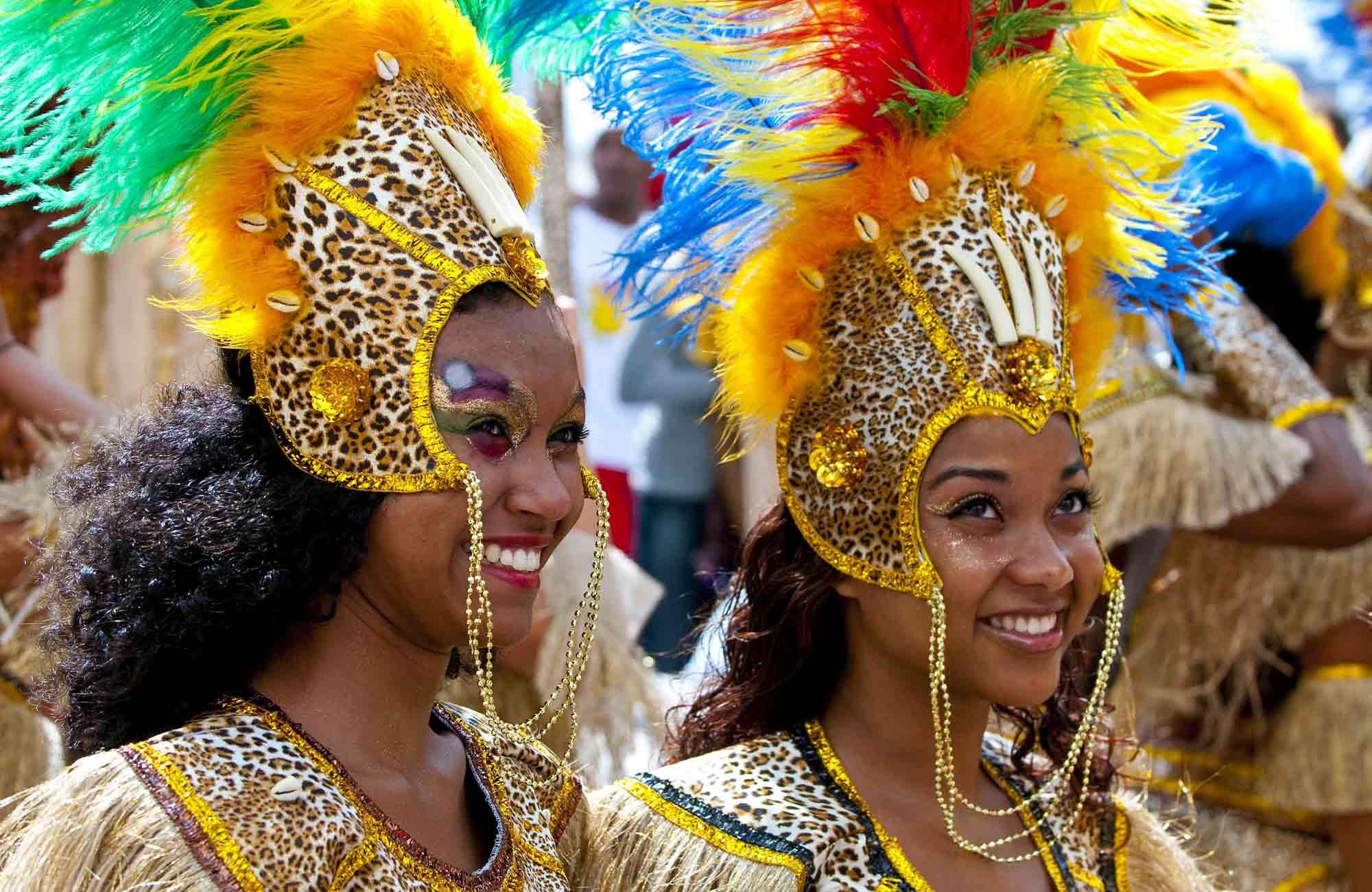 Danseuses de Carnaval brésilien à Rio de Janeiro
