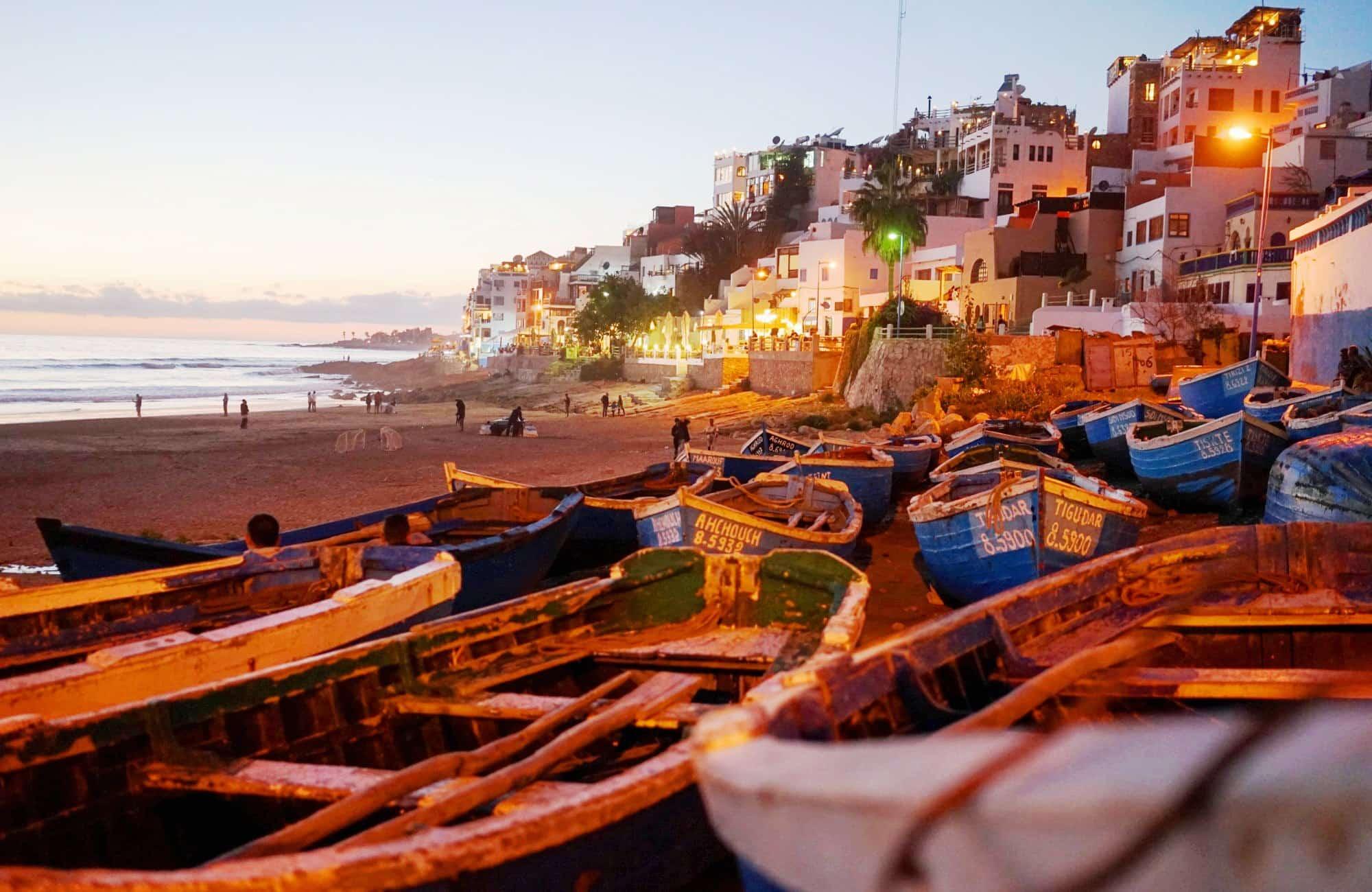 A la nuit tombée Essaouira et sa plage étincelantes