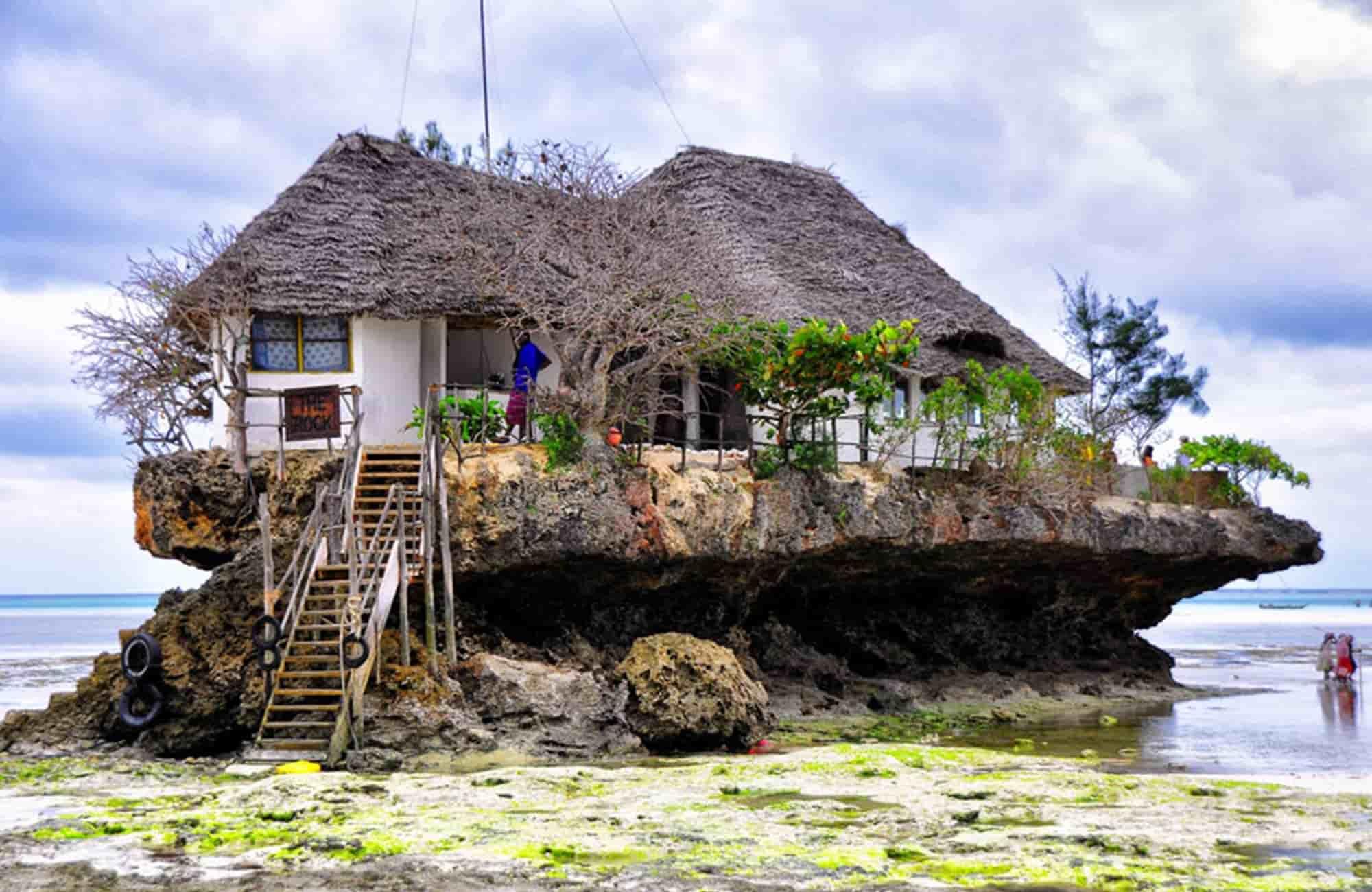 Voyage à Zanzibar - Restaurant The Rock - Amplitudes