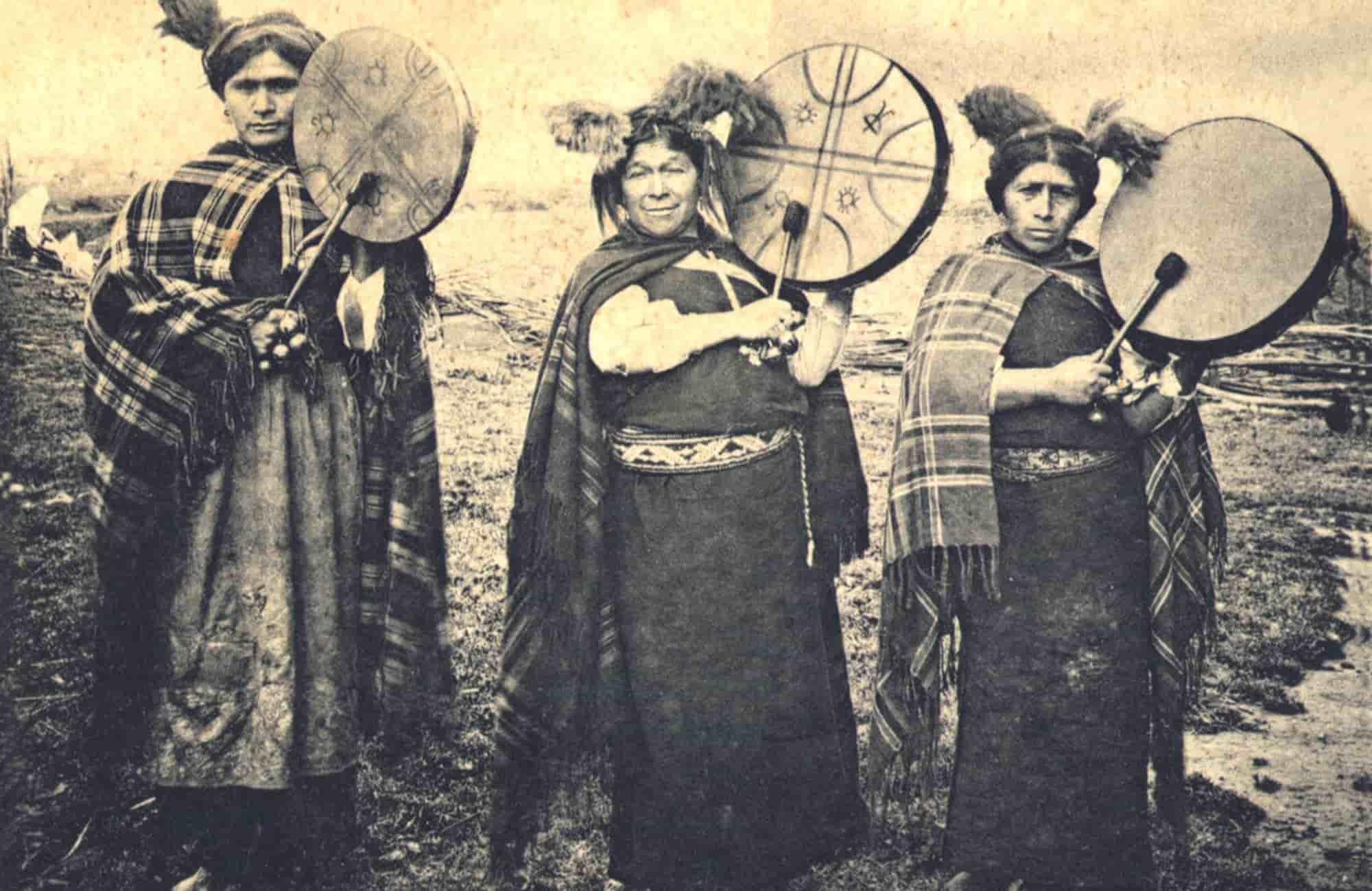 Voyage au Chili - Les Mapuches - Amplitudes