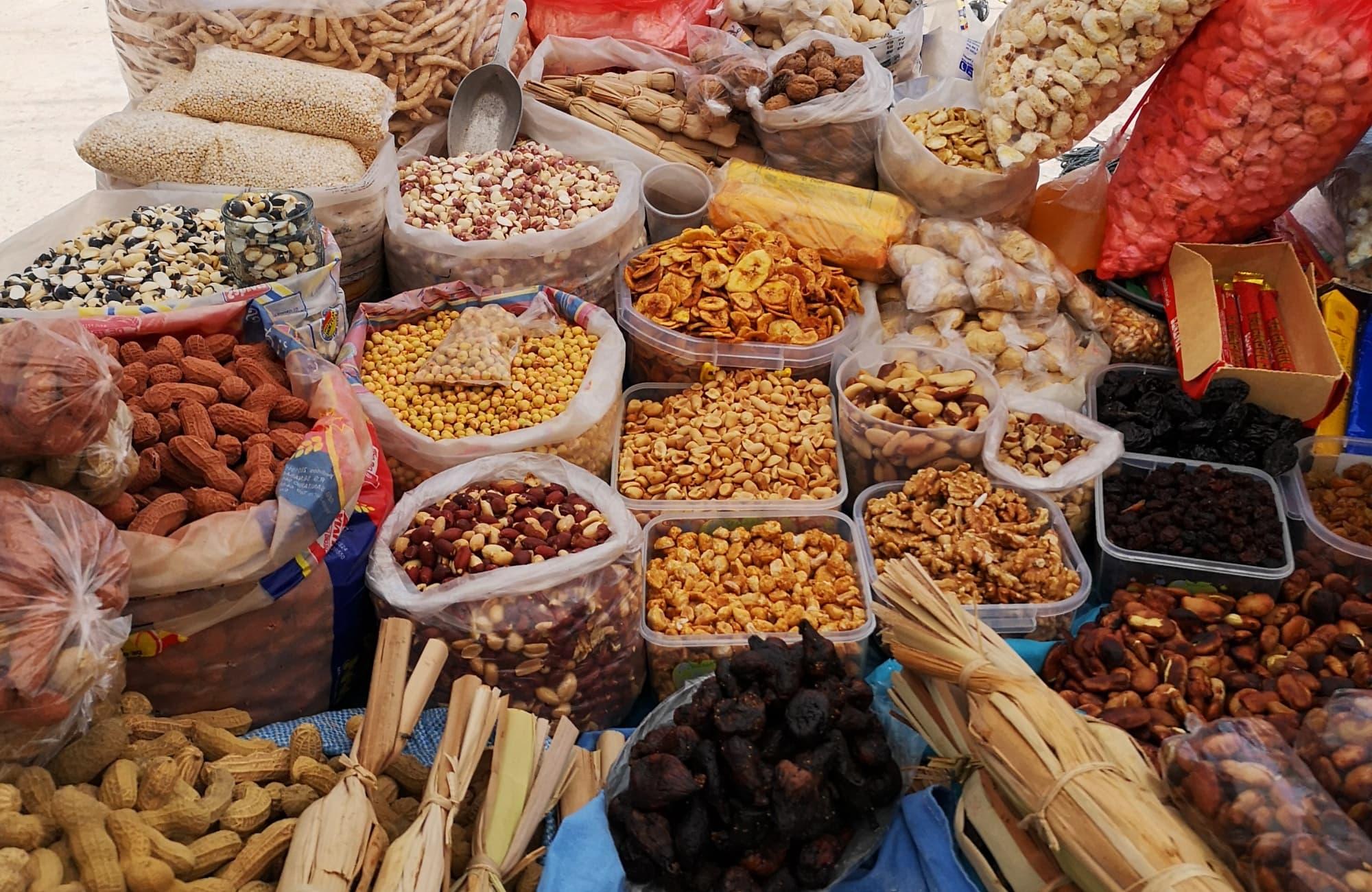 Quelques fruits secs, fèves et noix de cajou à consommer sans modération !
