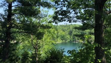 Voyage Québec - Lac Pink Parc de la Gatineau - Amplitudes