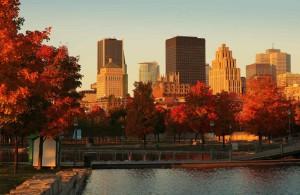 Magnifiques couleurs automnales sur la ville de Montréal...