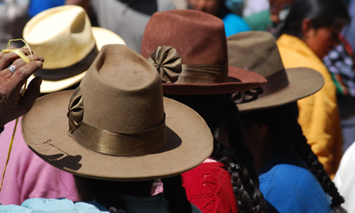 chapeaux_traditionnels_sejour_accessible_perou