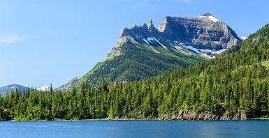 Etats-Unis - Traversée en bateau du parc national de Waterton Lakes au Canada vers le parc national de Glacier au Montana