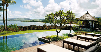 Shanti Maurice Resort & Spa - Espace terrasse avec piscine de la suite présidentielle
