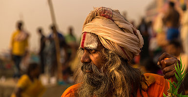 Inde - Portrait d'un moine saadhu à Varanasi