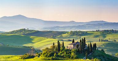 Toscane - Sur les prairies de la région italienne