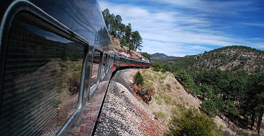 Chepe train in Barranca del Cobre