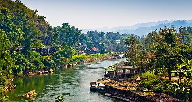 La rivière Kwai près de Kanchanaburi - Thailande