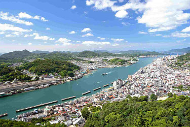 /images/naga/View of Onomichi waterway and Onomichi town, Japan